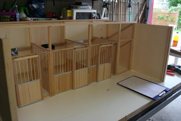 modell pferdestall selber bauen schleich stall selber bauen blog st lle kutschen tack. Black Bedroom Furniture Sets. Home Design Ideas