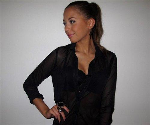 durchsichtige-schwarze-bluse.jpg