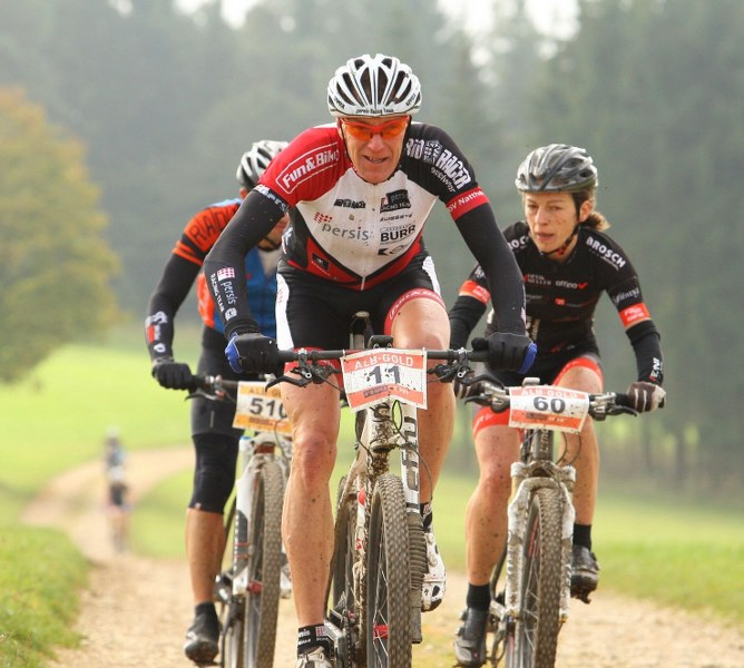 albgold_trophy_2014_woerz_in_gruppe_by_sportfotos24_668x600.jpg