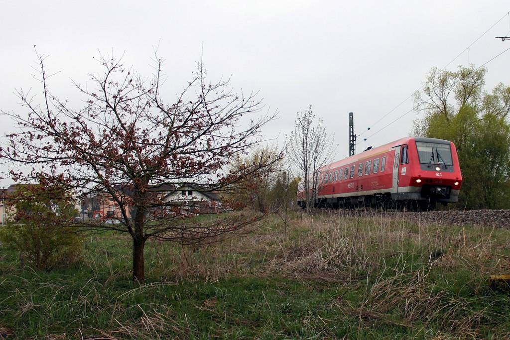 13_April-2014---RE-22302-mit-611-523-bei-Allmendshofen--19.04.2014-.jpg
