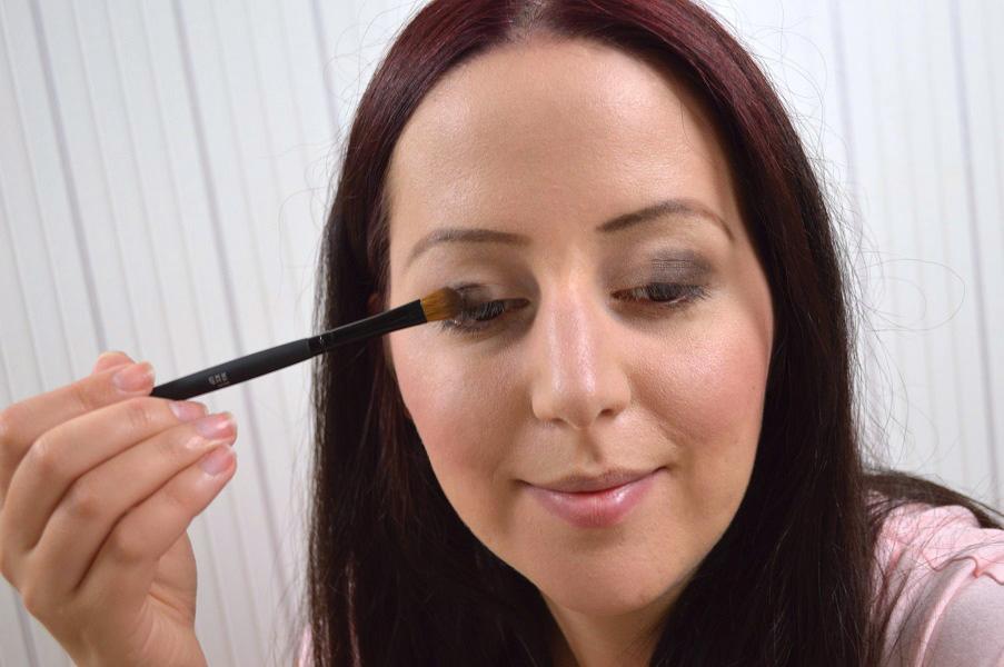 Ausdrucksstarkes-Augen-Make-up-5.jpg