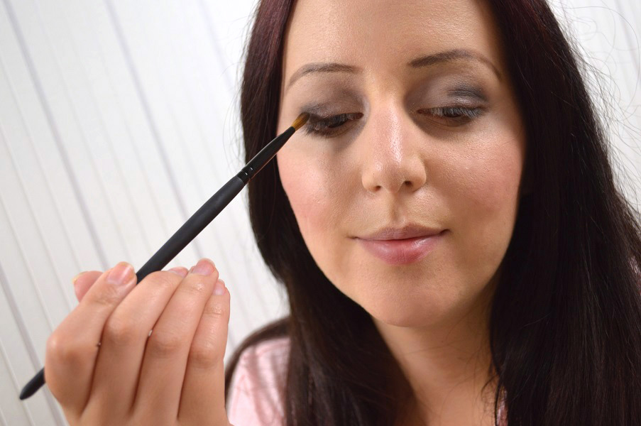 Ausdrucksstarkes-Augen-Make-up-10.jpg