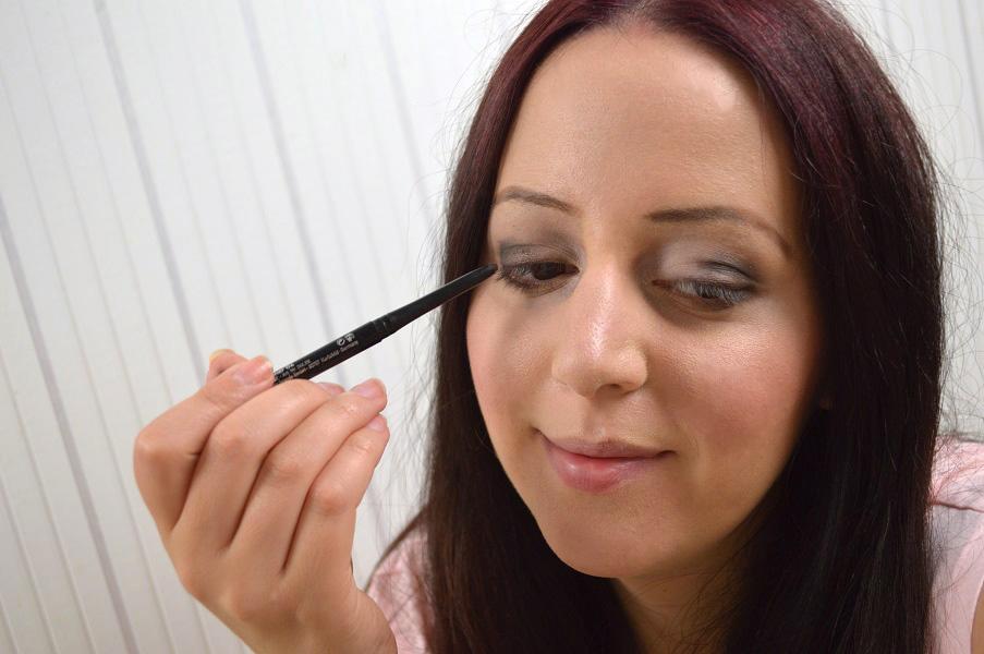 Ausdrucksstarkes-Augen-Make-up-11.jpg