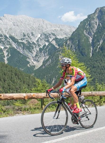 Bester-Kletterer-Felix-Gro--schartner_443x600.jpg